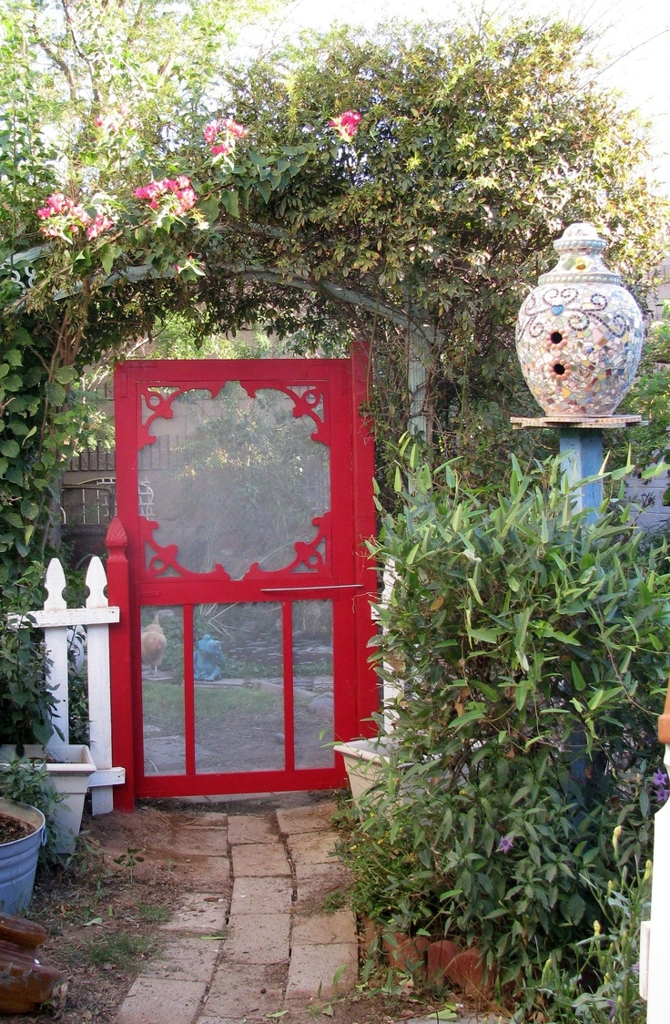 5 Inexpensive Ways To Make Your Garden Gate Simply ...